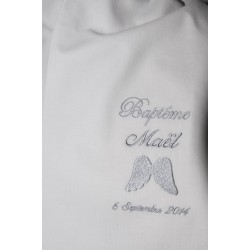 écharpe de baptême bébé aile d'ange personnalisée brodée gris