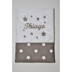 prénom cadeau naissance: protège-carnet de santé étoile taupe brodé personnalisé au nom