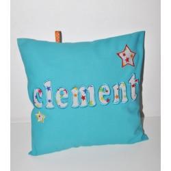 coussin turquoise personnalisé en lettre appliqué brodé étoile pour cadeau naissance,ado,enfant,bébé
