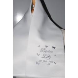 écharpe de baptême bébé papillons personnalisée brodée pour fille ou garà§on (ici gris)