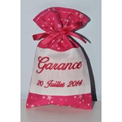 5 ballotins de dragées pochon personnalisée brodée rose fuchsia étoiles pour baptême,mariage,communion