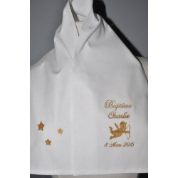écharpe étole de baptême ange et étoiles en lin personnalisée brodée pour garà§on ou fille