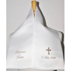 écharpe de baptême bébé croix 2 cà´tés personnalisée brodée pour garà§on ou fille