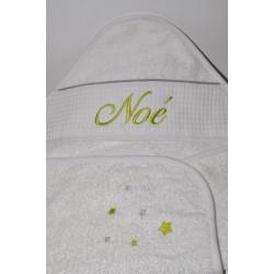 cape de bain / sortie de bain bébé grise/anis personnalisée avec étoiles et prénom brodés
